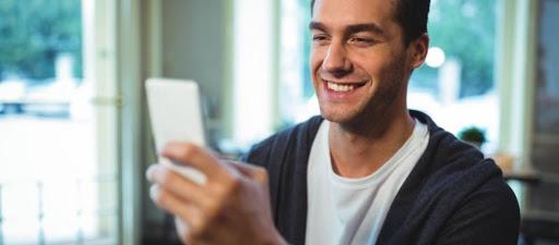 O cidadão pode fazer suas demandas através de um aplicativo gratuito de smartphone